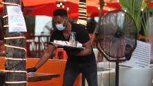 """""""Todo ha vuelto a la normalidad"""": reabren negocios en Miami Beach afectados por la crisis del covid-19"""