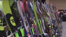 Amantes de deportes de invierno ya comenzaron a adquirir sus equipos de práctica