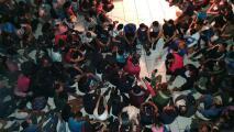 Rescatan a más de 341 migrantes en una finca en México