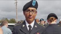 Madre de soldado hispano asesinado hace cinco meses exige justicia ante la falta de arrestos en el caso