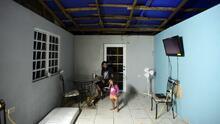 Hay 7 mil viviendas contadas con toldos azules en Puerto Rico, pero la cifra real podría ser del doble