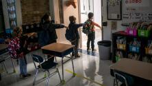 ¿Cómo van a manejar los distritos escolares en el norte de Texas los posibles brotes de coronavirus?