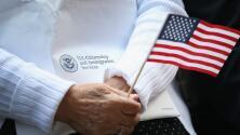 ¿Qué puedo hacer si deseo ser residente permanente de EEUU, pero no me quiero vacunar contra el coronavirus?