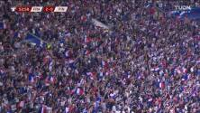 ¡GOL!  anota para Francia. Antoine Griezmann