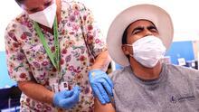 Aumenta el número de personas que decidieron vacunarse contra el coronavirus en EEUU