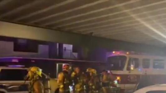 Reportan tres personas heridas tras incendio en un apartamento en Phoenix