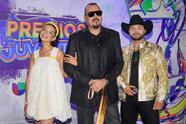 Ángela Aguilar deja boquiabierto al público de Premios Juventudcon sus impresionantes vestuarios