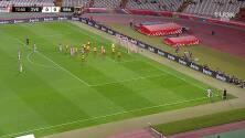 ¡GOL!  anota para Estrella Roja. Milan Rodic