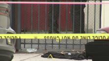 Policía de Long Beach investiga la muerte de un hombre que aparentemente entró a robar en una residencia