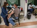 Casi dos tercios de los neoyorquinos están completamente vacunados