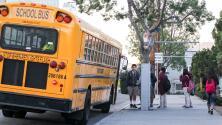 Escasez de choferes está causando que miles de estudiantes de CPS no cuenten con transporte para ir a las escuelas