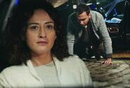 La Hija del Embajador - Müge le puso una trampa a Akin para secuestrarlo y vengarse de sus engaños - Escena del día