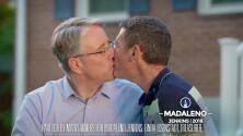 Video: Este político quería 'enfurecer' a Trump y pagó un anuncio en su programa favorito besándose con su esposo