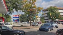 Trabajadores de la construcción y negocios se ven afectados por el aumento en el precio de la gasolina
