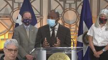 """""""Creo que debemos volver a comenzar"""": alcalde de Houston sobre el manejo de la crisis del coronavirus"""