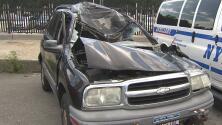 Un hispano muere luego de que la rueda de un camión golpeara el vehículo que manejaba