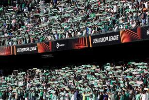 El Real Betis remonta y gana el partido ante el Celtic 4-3, enla primera jornada de la fase de grupos de la Liga Europa que se llevó a cabo en el Benito Villamarín de Sevilla. Albian Ajeti (13') y Josic Juranovic (27') ponían arriba al equipo visitante, pero los béticos reaccionaron y fueron Juan Miranda, Juanmi Jimenez con doblete y Borja Iglesias quienes le dieron la victoria al local. Tony Ralston le dio el tercero al 87'.