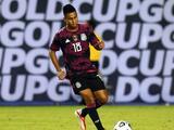 Efraín Álvarez admite que le gustaría jugar en Chivas, pero primero quiere ir a Europa