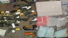 Decomisan armas y drogas tras operativo en una vecindad cerca de la avenida 47 y Olive en Phoenix