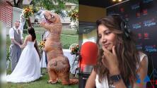 Mujer se vistió de dinosaurio para la boda de su hermana y Argelia cree que la culpa es de la novia