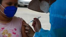 """""""Tengo temor que le pueda dar el covid"""": expectativas entre padres por posible aprobación de vacuna para niños"""