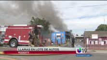 Lote de autos ardió en llamas