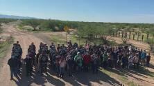 Pese a las deportaciones exprés, una gran cantidad de menores migrantes no acompañados sigue llegando a la frontera