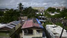 Informe revela cómo el gobierno de Trump frenó el envío de ayuda para reconstruir Puerto Rico tras los huracanes