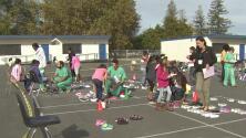 Regalaron 500 pares de zapatos a estudiantes de bajos recursos