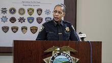 Investigan a jefa de Policía en Richmond por amenazar a su hija y su novio, a quien acusa de prostituirla