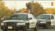 Una alguacil de Sacramento resultó herida durante un altercado con un civil