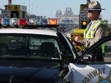 Niña latina de 9 años de edad muere en volcadura de vehículo en el condado de Kern