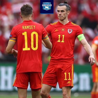 ¡Arenga! Bale animó a sus compañeros tras ser goleados por Dinamarca