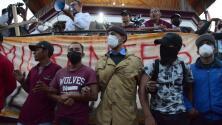 Caravana migrante con rumbo hacia EEUU teme por posibles operativos policiales durante la noche de este sábado