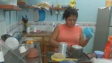 Una salvadoreña invirtió sus ahorros para entrar sin documentos a EEUU y ahora se quedó sin nada