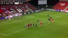 ¡GOOOL! Luis Miguel Afonso Fernandes anota para Benfica.