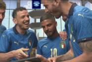 En Italia se conocen muy bien y lo demuestran con fotografías