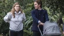 En fotos: el paseo familiar de la princesa Beatrice con su esposo y su hija Sienna Elizabeth