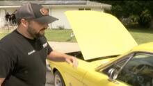 Sus hijas le regalan el mismo auto que vendió para sostener a la familia y el momento se vuelve viral