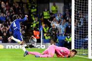 Chelsea, sin piedad, golea al Malmö 4-0 en Stamford Bridge, durante la Jornada 3 en la UEFA Champions League. Andreas Christensen abrió el marcador al minuto 4', seguido de un doblete por parte de Jorge Luis Frello, ambos como cobro de penaltis y el último de Kai Havertz al 48', quedando segundos del Grupo H.