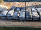 Pescador halla gran cargamento de cocaína en las costas del sur de Florida