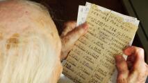 Este abuelo argentino de 100 años ha anotado a mano casi todos los goles de Messi