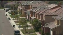 Comunidad inmigrante evita invertir en una vivienda ante el temor de ser deportado
