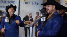Los Compadres del Free-guey show pusieron en aprietos a Los Rieleros del Norte