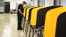 """""""Fue un gran día para la democracia"""": experto analiza la jornada de elección revocatoria de Newsom"""