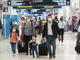 Cuando volar cambió para siempre: así era viajar en avión antes del 9/11