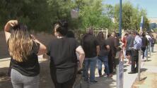 Arizonenses votan este viernes en el parque El Reposo para aprovechar el último día del periodo anticipado