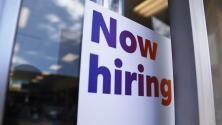 Negociar salarios y vacaciones: las ventajas de aprovechar ofertas laborales en medio de escasez de trabajadores