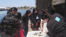 Este programa en Los Ángeles educa a las niñas para que puedan unirse a la lucha contra el cambio climático