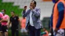 Puebla anuncia la salida de Juan Reynoso como técnico